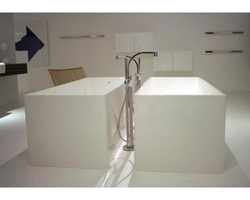 Напольный смеситель для ванны Flaminia One